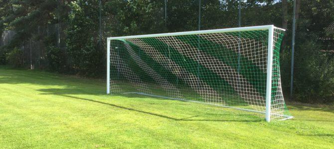 Neue Netze für die Tore und Trainingsmaterial